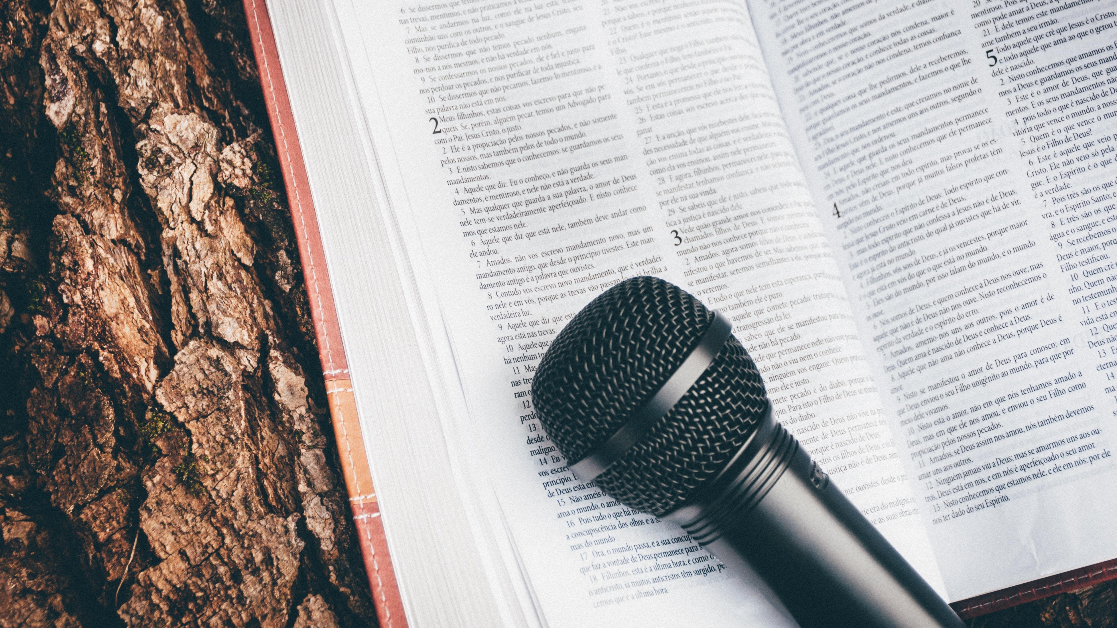 intaketoets microfoon boek